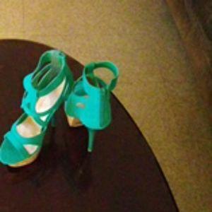 Selling Heels
